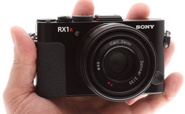 Hình ảnh: Ống kính máy ảnh SONY
