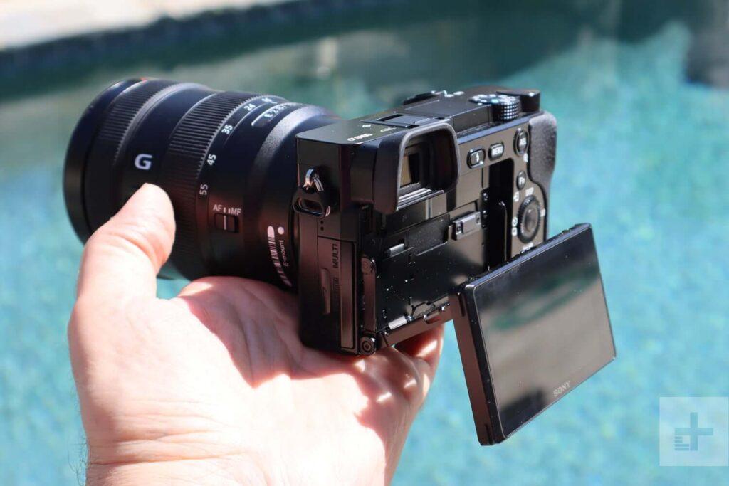 Hình ảnh: Sony A6100