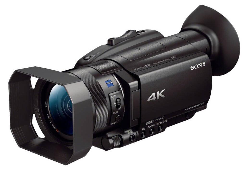 Máy quay Sony với kiểu dáng hiện đại, nhỏ gọn